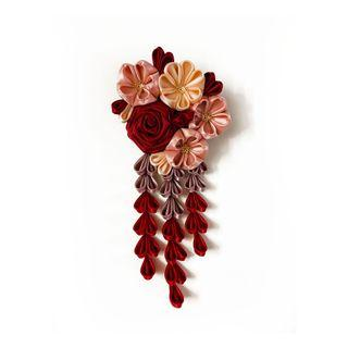 Tsumami Kanzashi rose, cherry and orange blossoms in red, rose gold, pink and orange colours, traditional Japanese hair accessory