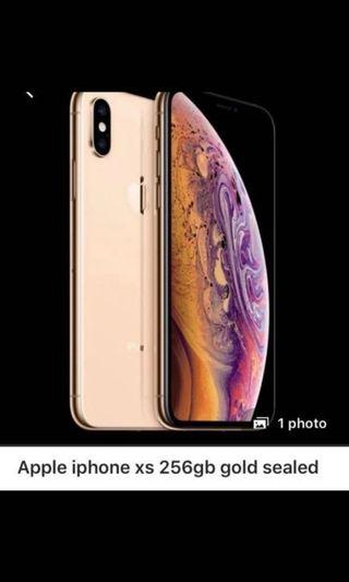 iPhone XS Gold 256GB Sealed in a Box!