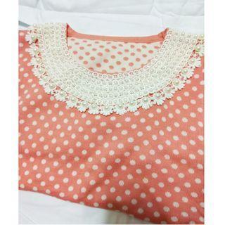 整排珍珠領子波點粉色針織洋裝