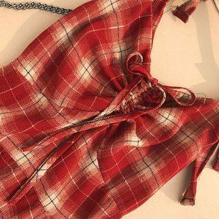 Tie sleeveless plaid dress