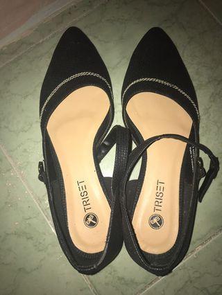 Triset flatshoes size 37 NEW
