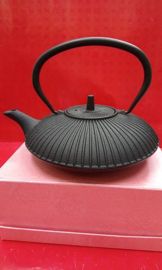日式菊紋生鐵茶壺