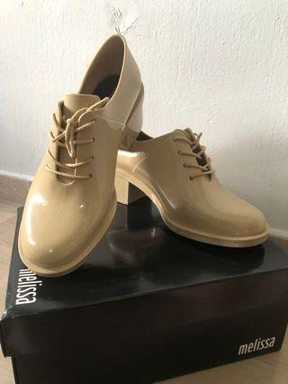 🚚 MELISSA SHOES! Dubrovka in Beige. (Worn)