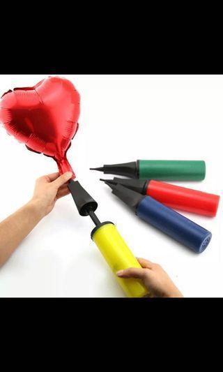 Foil balloon hand pump