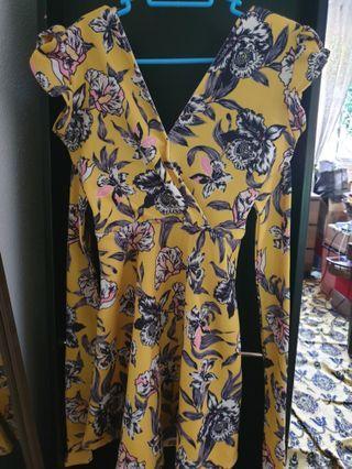 🚚 Yellow Skater Dress
