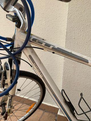 Hybrid GT mountain road bike