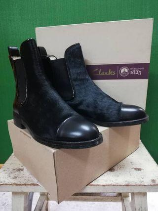 Clarks Original Chelsea Boots