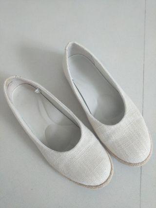 Muji White Flats sz 225cm
