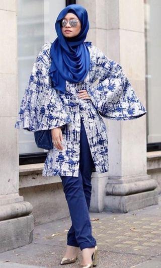🚚 AERE Livia Jacquard Tunic Top in Blue Silver