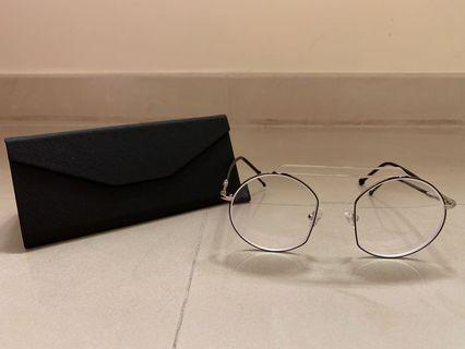 GLASSES FROM THAILAND