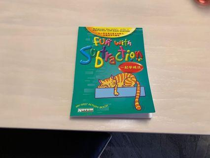🚚 First activites book