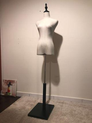 Half Body Woman Model Stand (Wooden Base)