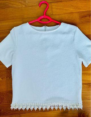 Mds white short sleeved blouse with beads