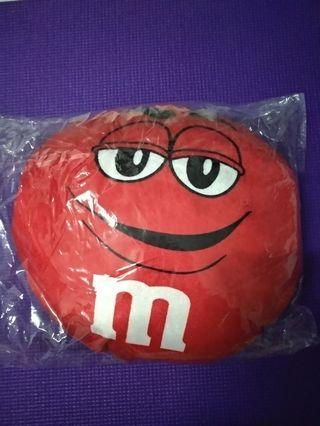 M&M pillow Red