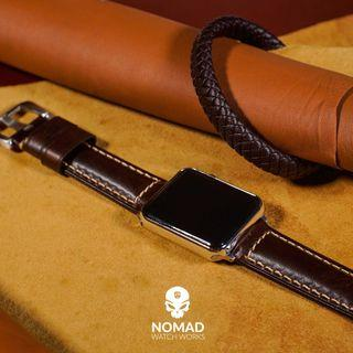 🚚 M2 Oil Waxed Leather Strap in Brown for Apple Watches