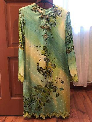 Baju Kurung Moden with Embellishment in Green