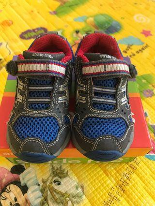 🚚 60% off: Stride Rite Rhett Blue Silver Shoes Size 5.5