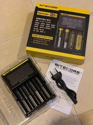 Nitecore D4 Charger (with 4 Batt)