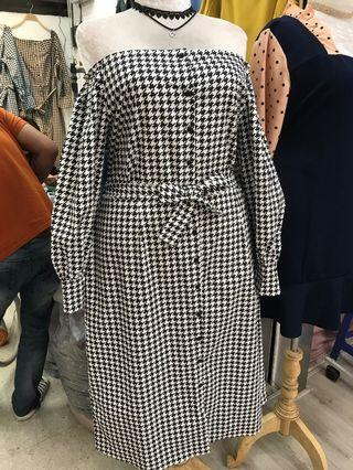 🚚 Plus size ghingam dress
