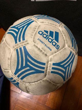 Adidas 足球 5號波