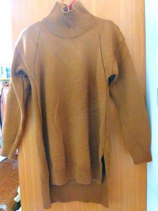 咖啡色長版毛衣