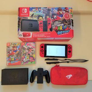 *99% NEW* Nintendo Switch Super Mario Odyssey & Splatoon 2 (w/ original box and packaging)