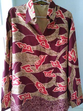 Kemeja Batik Lengan Panjang Halus motif mega mendung