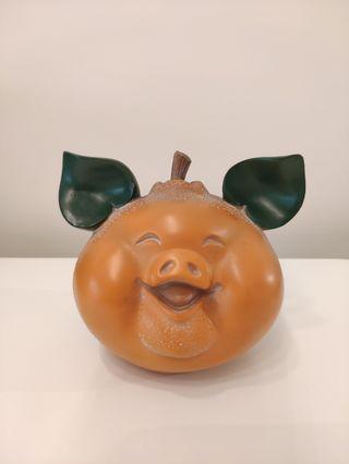 Happy Pig Display