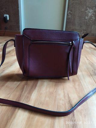 Stradivarius maroon sling bag