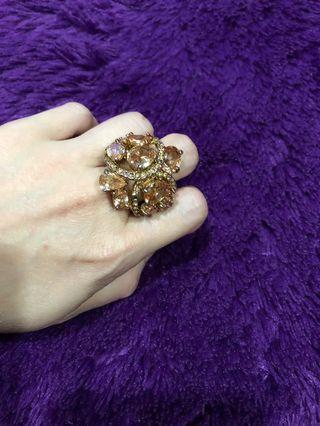 Cincin zircon rose gold