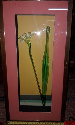 Frame bunga kaca