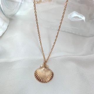 Cilia Shell Necklace