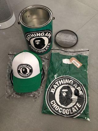 Bathing ape x chocoolate 首日鐵罐紀念套裝帽+T恤