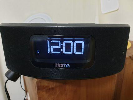 iHome Digital Clock wBluetooth iBT31