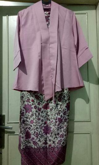 Kebaya encim modern batik lilit #mauvivo