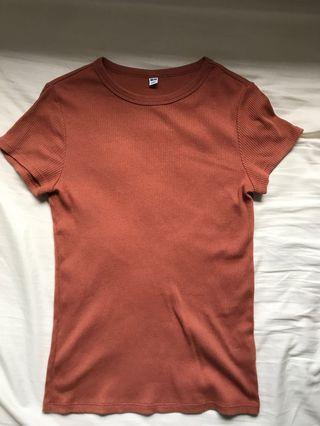 Uniqlo Brown Ribbed Top