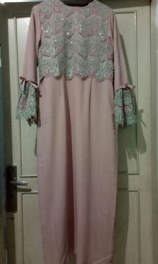 Dress brokat, abaya, gamis bisa buat pesta #mauvivo