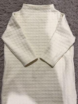 Uniqlo Knitted Sweatshirt Long Top in Beige