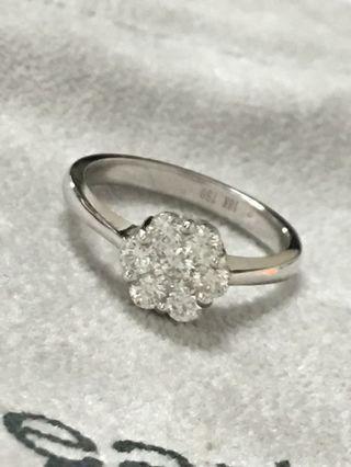 港製天然鑽石共0.67克拉18k金花朵綻放鑽戒