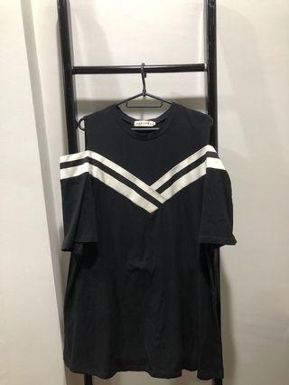 Used Off Shoulder black Dress