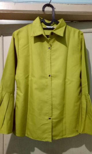 Blus kancing depan warna lime #mauvivo