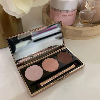 natural illusion eyeshadow trio