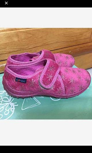 🚚 全新童鞋