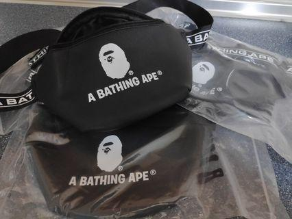 A Bathing Ape SS19 Magazine Shoulder Bag