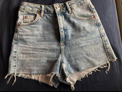 🚚 Topshop Denim Moto Mom Shorts