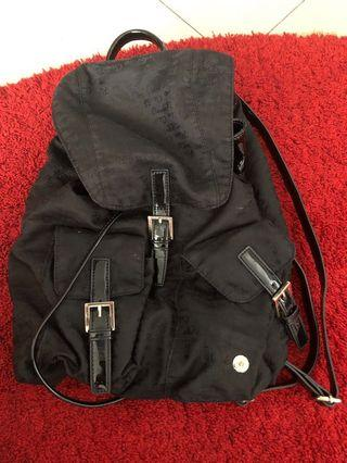 🚚 CarloRino Black Backpack
