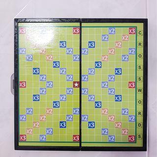 Scrabble set magnetic