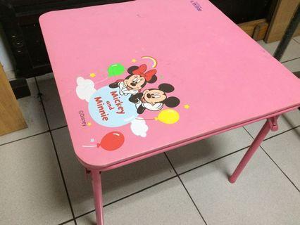 🚚 米妮兒童遊戲桌