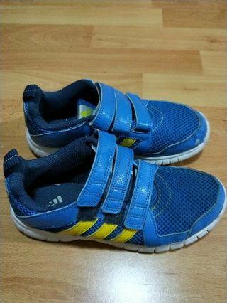 🚚 Boy sneaker