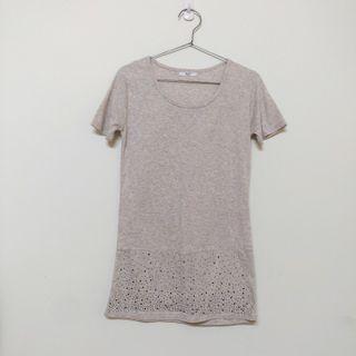 🚚 粉花灰色長版合身T shirt